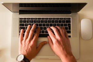 blogcikk-irasa